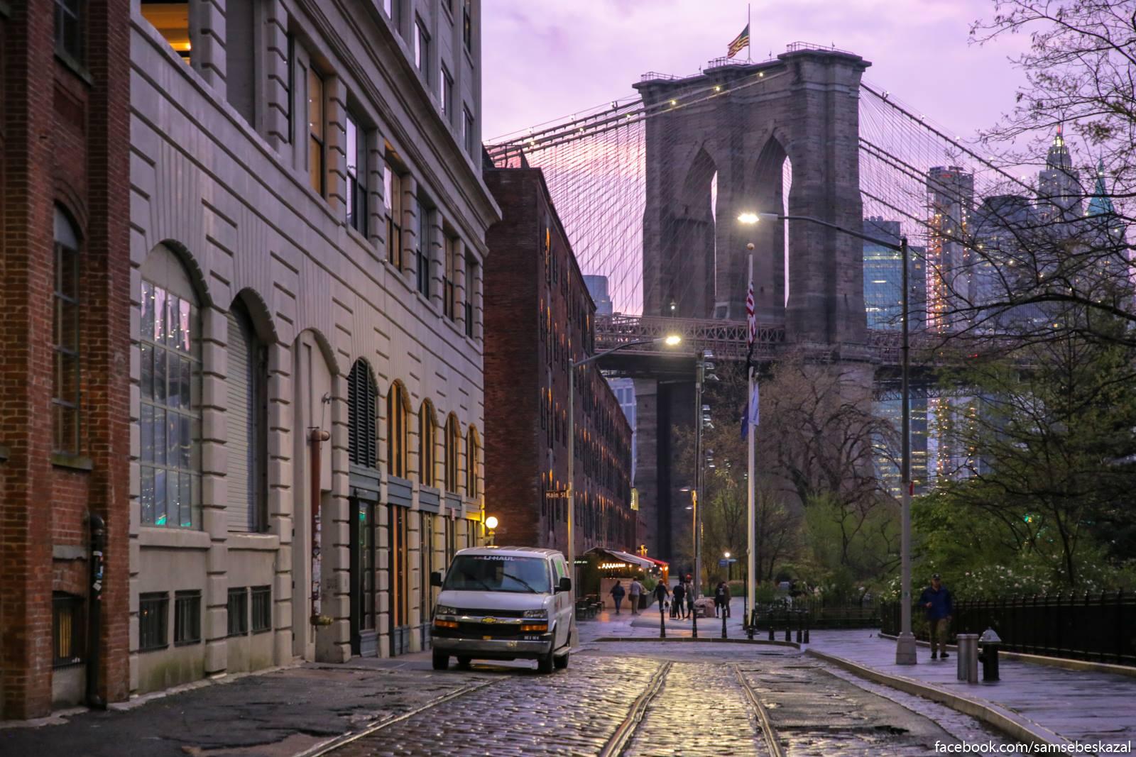 Mostovaa i opora Bruklinskogo mosta.