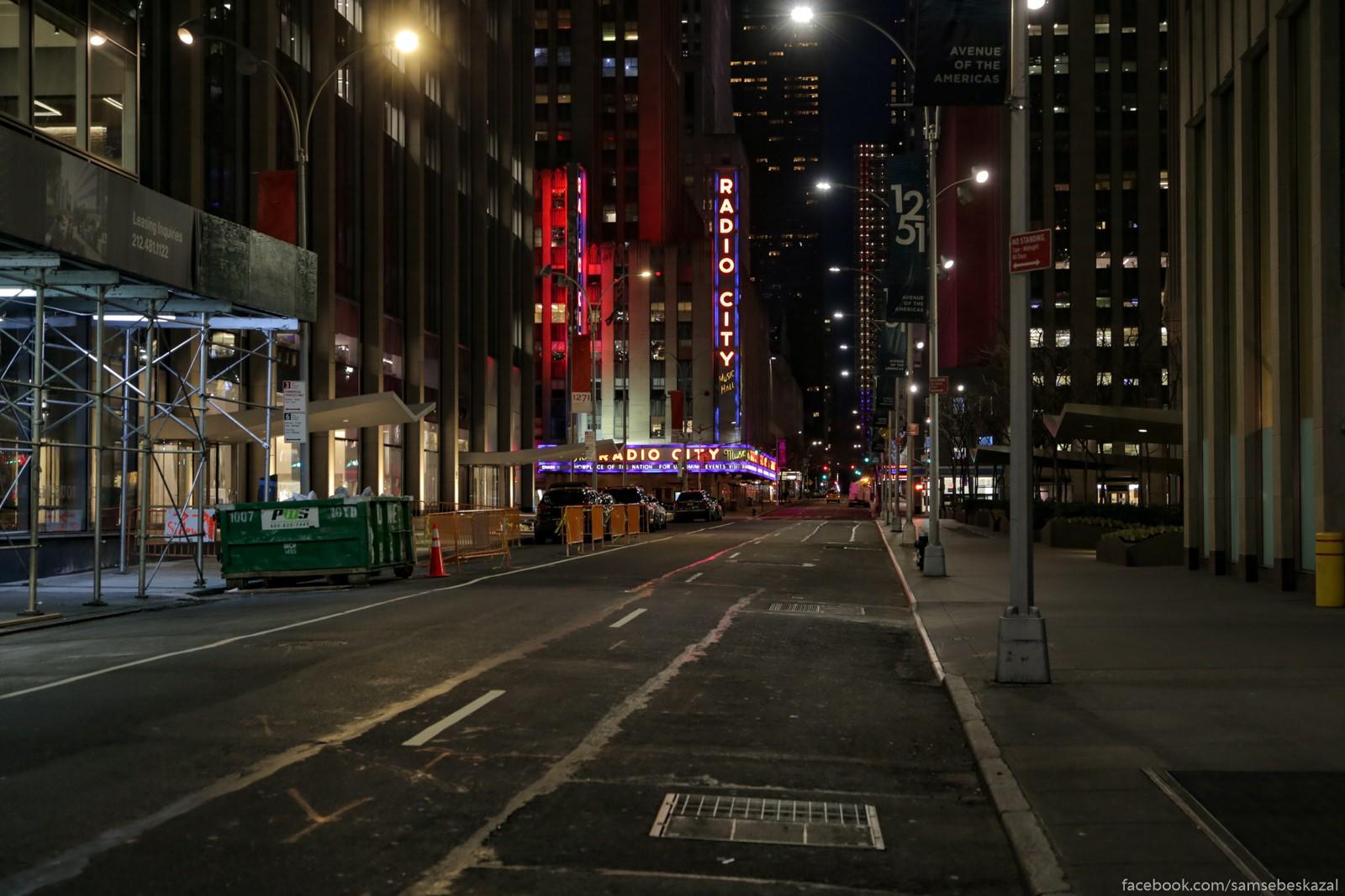 Nocnye ulicy nemnogo pugaut otsutstviem ludej i naliciem raznogo roda strannyh licnostej.