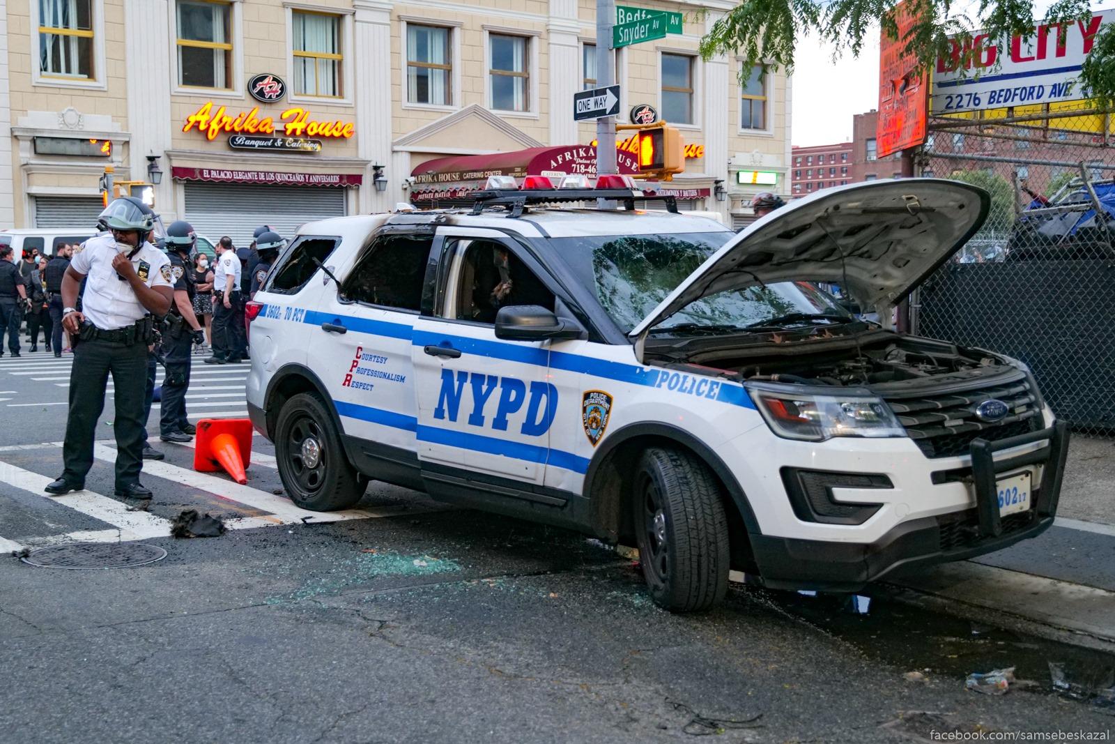 Razbitaa policejskaa...