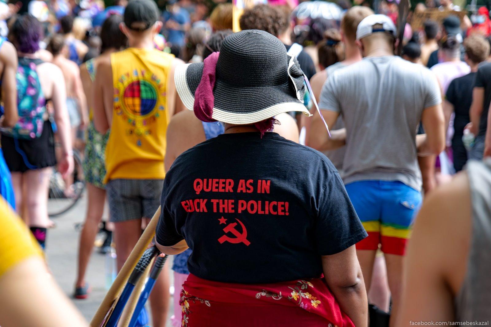 Prizrak socializma. Za...