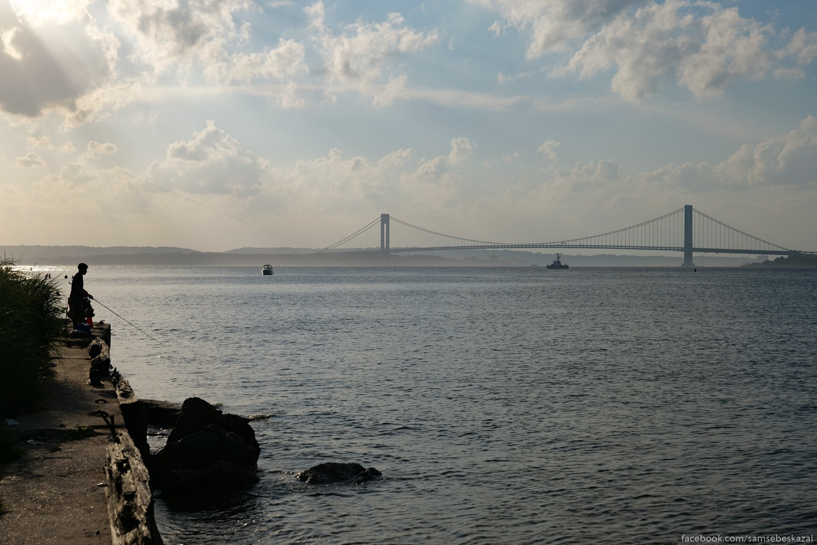 Rybalka s vidom na most...