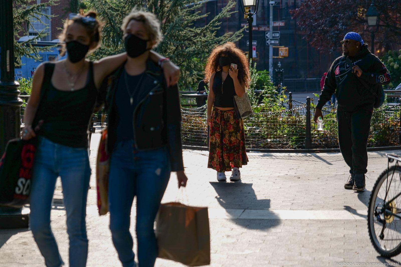 Жители Нью-Йорка Volosy. Vasington-skver...