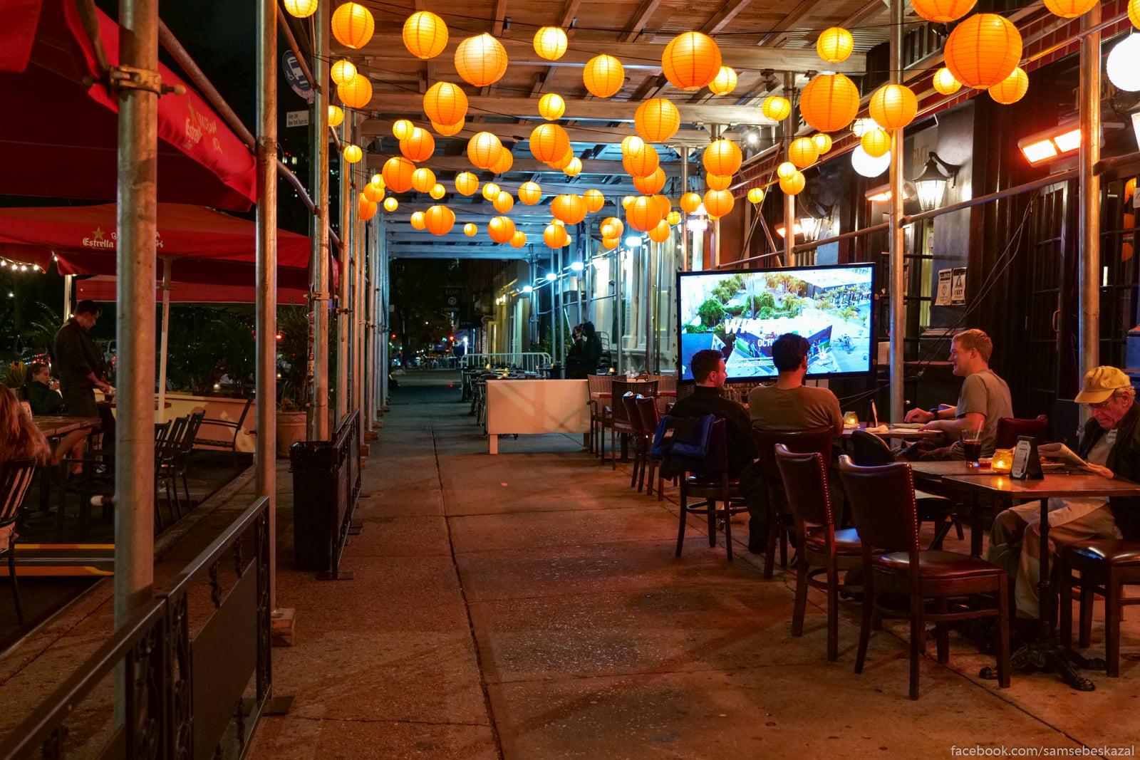 Nocnaa restorannaa ziznʹ...