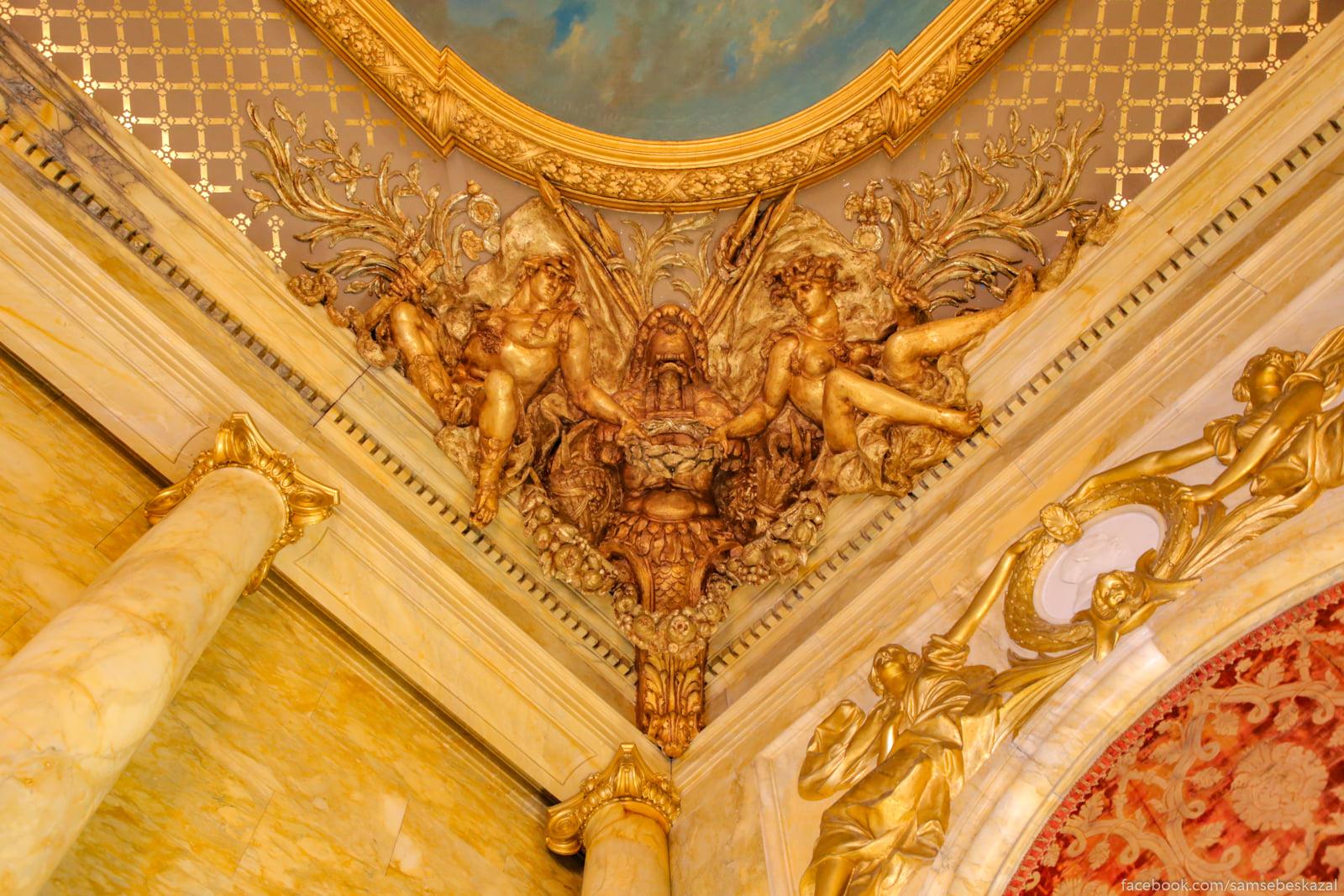Посмотрел я известное видео про дворец в Геленджике и можно сказать даже Otdelka potolka nad...