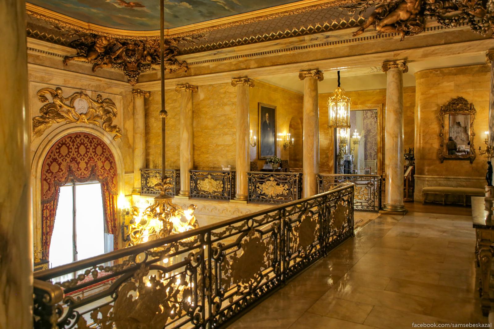 Посмотрел я известное видео про дворец в Геленджике и можно сказать даже Prostranstvo vtorogo...