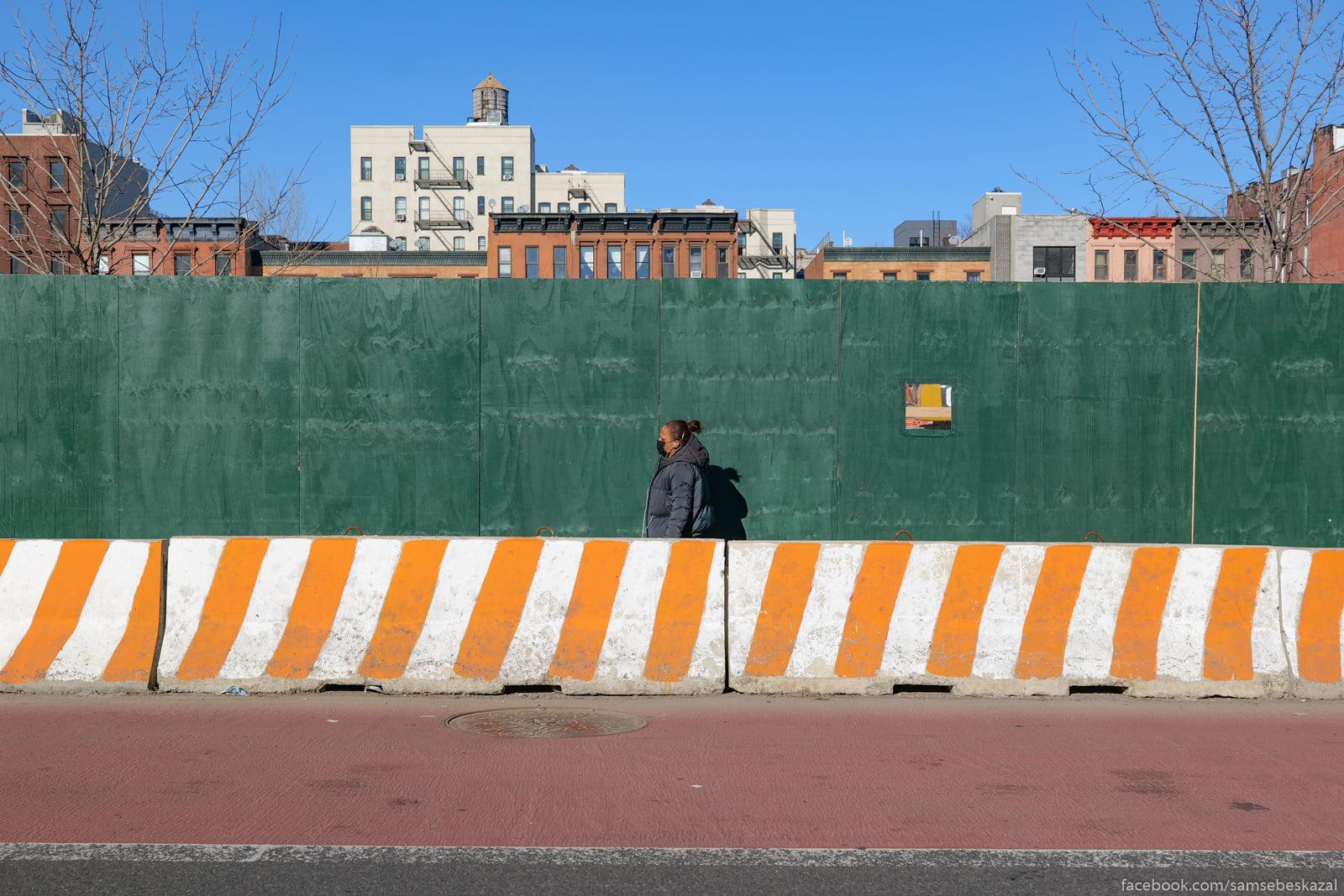 Na 125-j ulice Garlema toze...