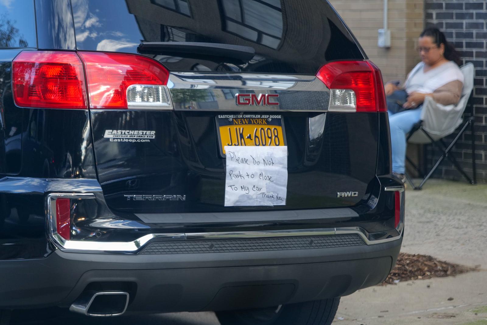 V Brukline uvidel masinu s...